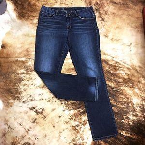 Liz Claiborne • Straight Leg Jean Sz 12